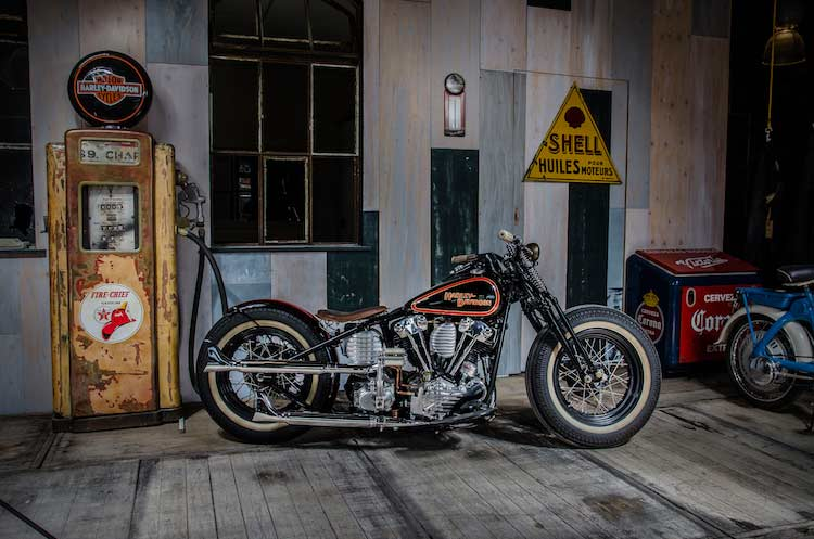 Wingpalace The Black Bobber in shop